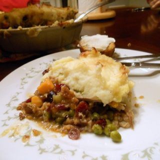 Turkey Shepherd's Pie with Stuffing Crust