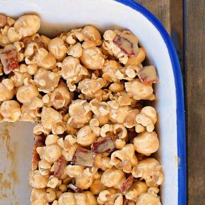 Breakfast Popcorn Treats | Maple Bacon Popcorn Goodness