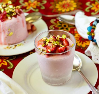 Strawberry Kulfi with Rose| Traditional Indian Ice Cream