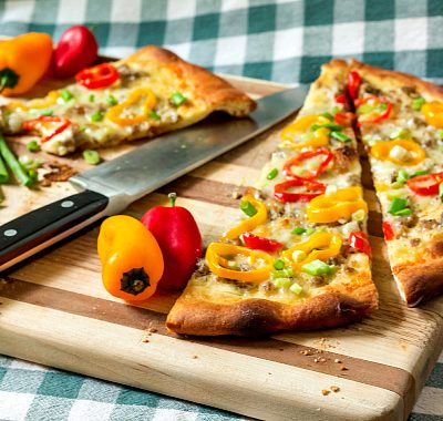 Sausage Gravy Pizza with Peppers and Onions | #BreadBakers