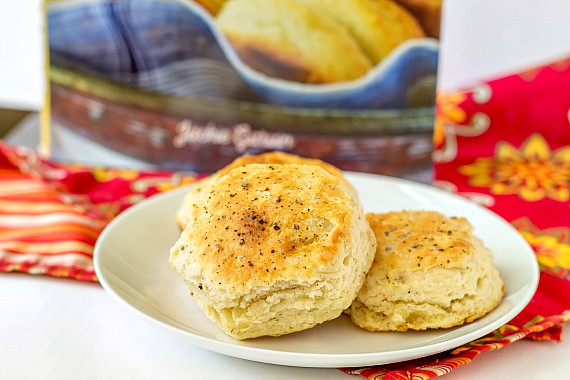 Southern Buttermilk Biscuits from Biscuits by Jackie Garvin | pastrychefonline.com