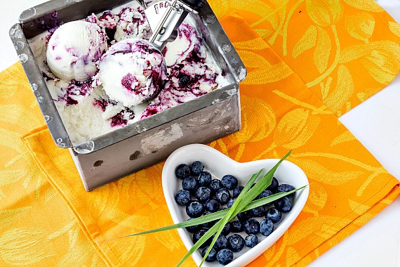 Blueberry Lemongrass Ice Cream   pastrychefonline.com