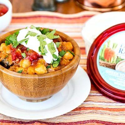 Easy Spicy Vegan Chickpea Chilli featuring Sabra