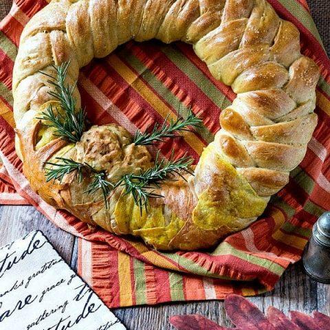 Thanksgiving Braided Bread Wreath Recipe