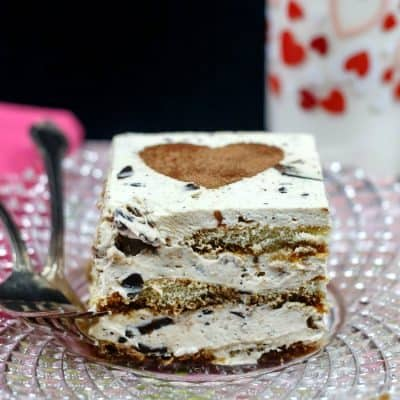 Easy Eggless Tiramisu with Toffee Bits
