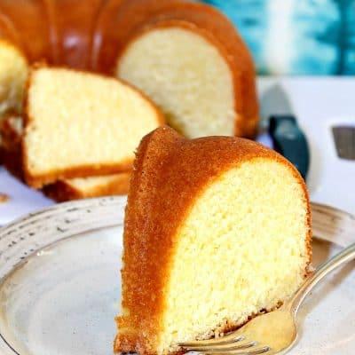 Lemon Corn Buttermilk Pound Cake | The Best Summer Pound Cake