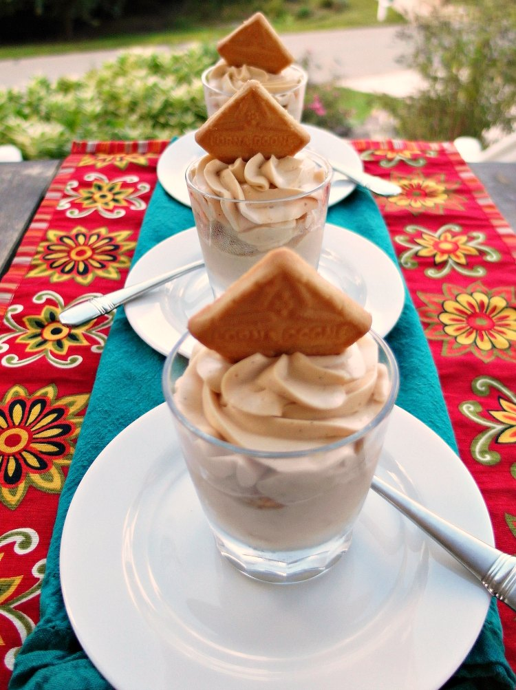 roasted banana pudding in individual glasses with cookies on top