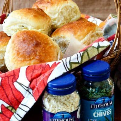 Soft Garlic Chive Potato Rolls