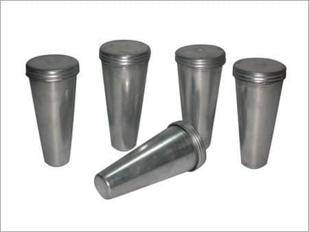 5 metal kulfi molds.