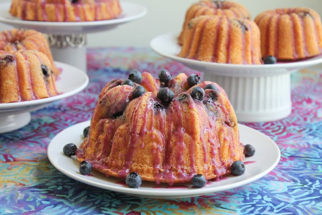 bundt cake with peach, blueberry and rose wine