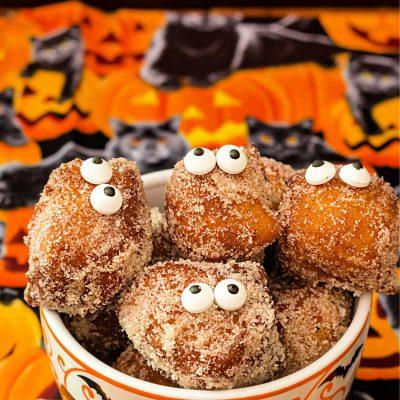 Pumpkin Spice Donuts | #HalloweenTreatsWeek
